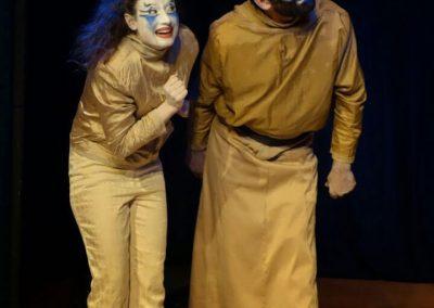 Grands-Artistes-volent-Theatraverse-theatre-bilingue-anglais-francais