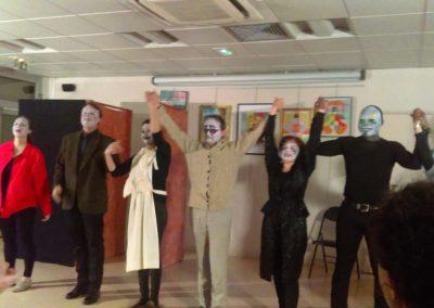 Atelierde théâtre bilingue anglais-français pour adultes à Courbevoie